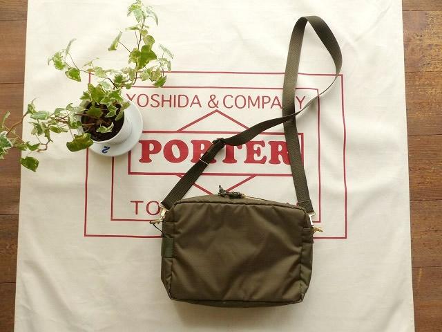 商品「吉田カバン PORTER(ポーター) フォース ショルダーバッグ S」の商品画像