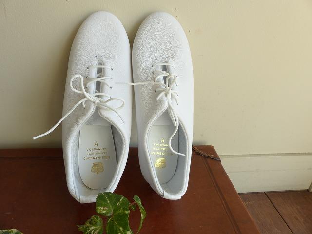 商品「【ご予約カラー・サイズあり】CROWN(クラウン)イングランドのダンスシューズ 」の商品画像