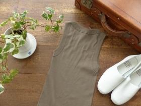 商品「homspun(ホームスパン) 丸胴テレコノースリーブプルオーバー」の商品画像