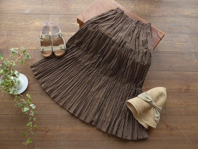 商品「ROCK MOUNT(ロックマウント) ドットプリントギャザースカート」の商品画像