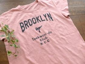 商品「快晴堂(かいせいどう) USED フレンチスリーブTシャツ A柄ブルックリン・テコンドー」の商品画像