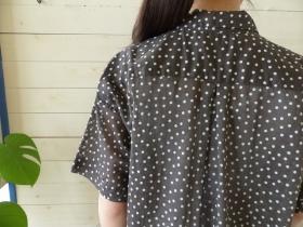 商品「NATURAL LAUNDRY(ナチュラルランドリー) ドットプリントスクエアシャツ」の商品画像
