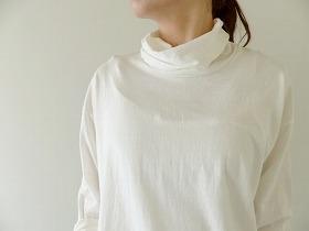商品「prit(プリット) リサイクルムラ糸天竺タートルネックルーズプルオーバー」の商品画像