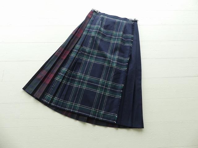 タータンチェックのウールキルトラップスカート