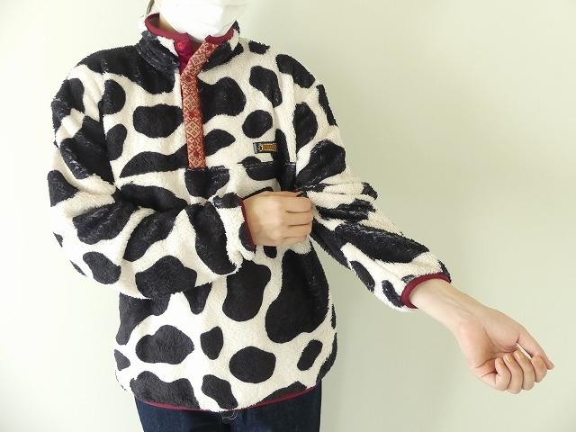 牛柄フリーススナップTの商品画像4